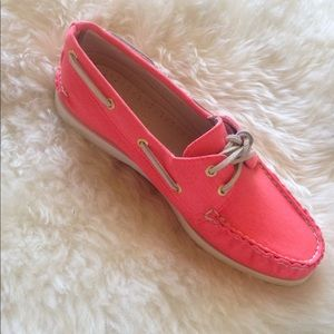 2 pairs Sperry Topsider Bundle: Yellow and Pink